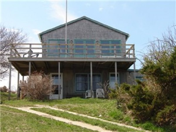 Butler cottage 272 amy dodge lane block island ri 02807 for Block island cottage